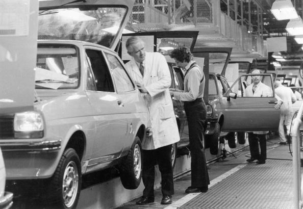 Industry「The Ford Fiesta」:写真・画像(7)[壁紙.com]