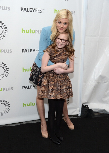 全身「The Paley Center For Media's PaleyFest 2013 Honoring 'The New Normal'」:写真・画像(4)[壁紙.com]