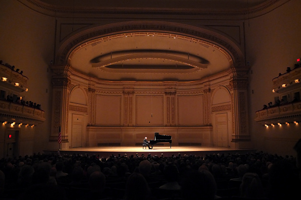 Classical Music「Emanuel Ax」:写真・画像(1)[壁紙.com]