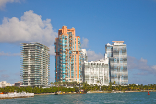 Miami Beach「New luxury apartment towers in South Beach」:スマホ壁紙(5)