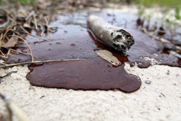 Oil Spill「Gulf Coast Battles Continued Spread Of Oil In Its Waters And Coastline」:写真・画像(11)[壁紙.com]