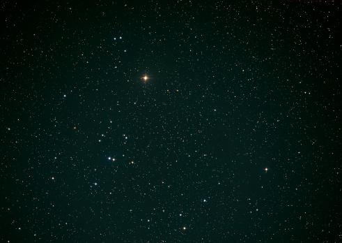 星空「Hyades」:スマホ壁紙(17)