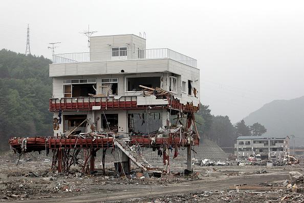 Damaged「Japan Commemorate Three Months Anniversary Of Magnitude 9.0 Earthquake And Tsunami」:写真・画像(4)[壁紙.com]