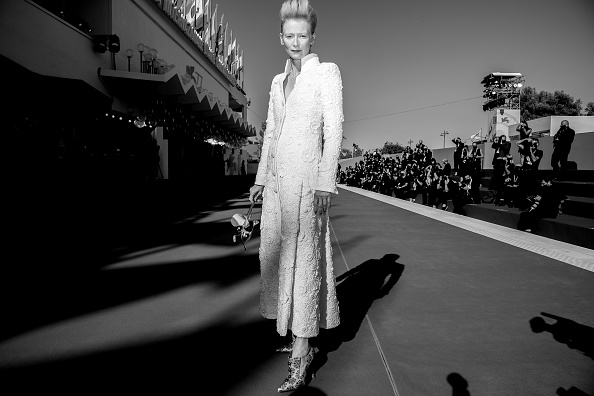 "77th Venice Film Festival「""The Human Voice"" and ""Quo Vadis, Aida?"" Red Carpet - The 77th Venice Film Festival」:写真・画像(11)[壁紙.com]"