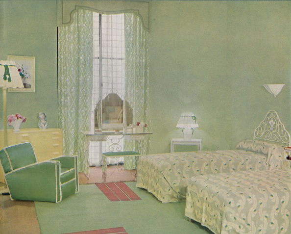 Iron - Metal「Green And White Colour Scheme For A Bedroom」:写真・画像(13)[壁紙.com]