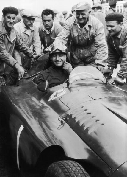 Winning「Fangio Wins Again」:写真・画像(4)[壁紙.com]