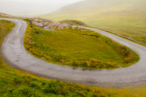 Hairpin Curve「Hairpin road thru Irish countryside」:スマホ壁紙(4)