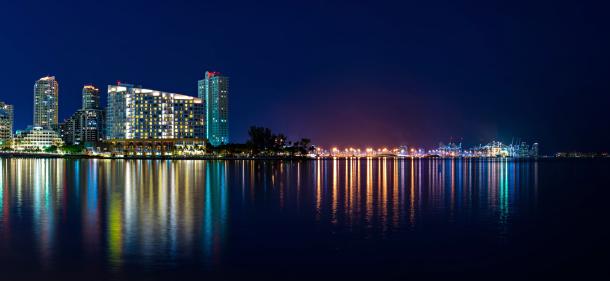 Miami Beach「マイアミの夜」:スマホ壁紙(14)