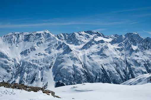 Lechtal Alps「View on the snowy Tiroler Alps in Austria during a beautiful winter day」:スマホ壁紙(11)