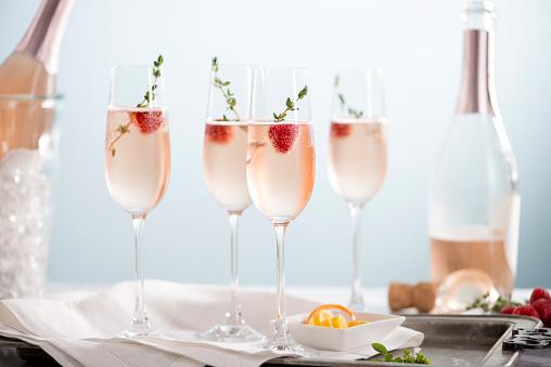 Thyme「Rose Champagne Cocktails」:スマホ壁紙(5)
