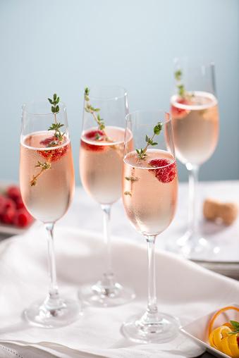 Raspberry「Rose Champagne Cocktails」:スマホ壁紙(0)