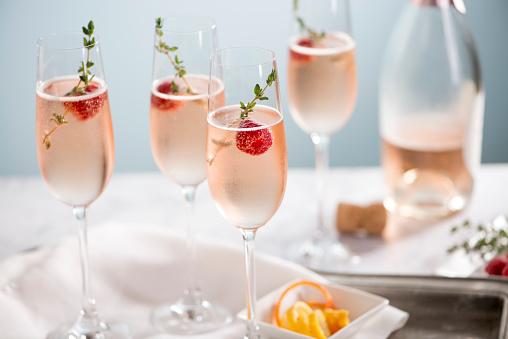 Thyme「Rose Champagne Cocktails」:スマホ壁紙(16)
