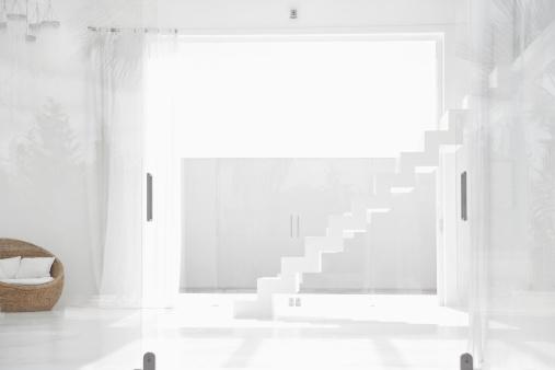 透明「Spain, Modern living room with stairs」:スマホ壁紙(7)