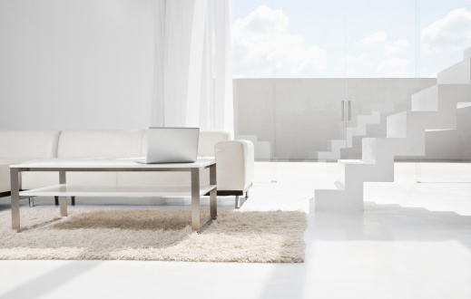 白「Spain, Modern living room with laptop and stairs」:スマホ壁紙(15)