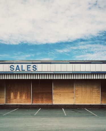 Going Out Of Business「Vacant Car Dealer」:スマホ壁紙(2)