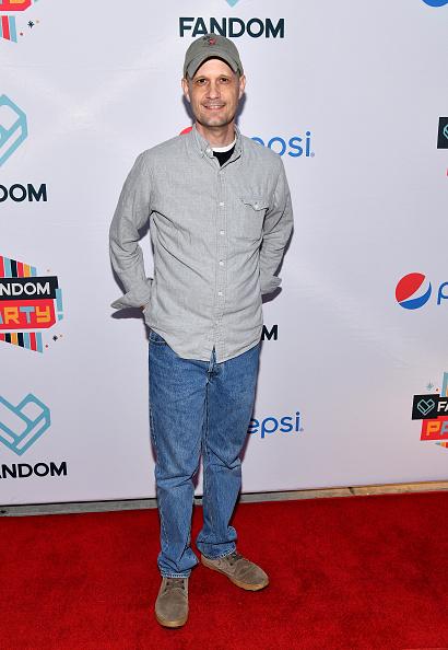 Gray Shirt「FANDOM's Annual Comic-Con Kick-Off Party - Arrivals」:写真・画像(15)[壁紙.com]