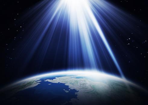 星空「太陽の光とアース」:スマホ壁紙(4)