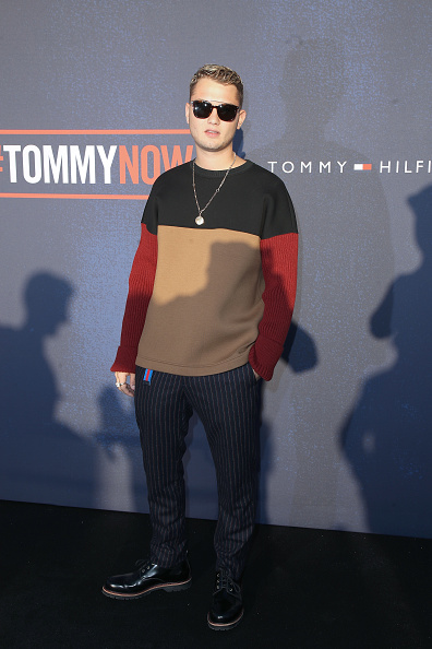 ロンドンファッションウィーク「Tommy Hilfiger TOMMYNOW Fall 2017 - Front Row & Atmosphere」:写真・画像(3)[壁紙.com]