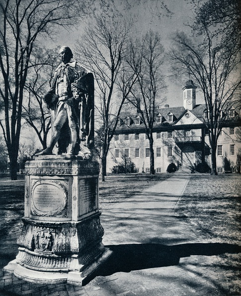 Male Likeness「The College of William and Mary, c1938」:写真・画像(0)[壁紙.com]