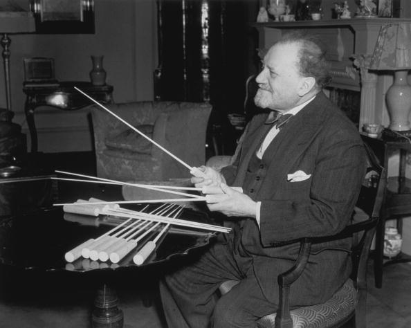 Conductor's Baton「Sir Henry Wood」:写真・画像(2)[壁紙.com]