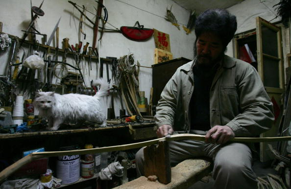 Purebred Cat「Traditional Chinese Arrow And Bow Maker Continues Family Tradition」:写真・画像(18)[壁紙.com]