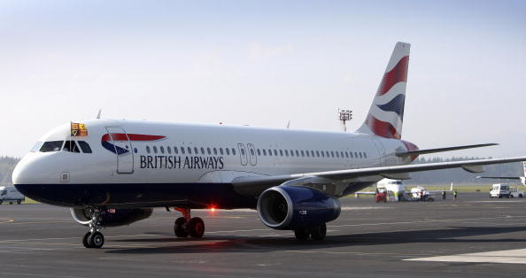 British Airways「The Queen And The Duke of Edinburgh Arrive in Slovenia」:写真・画像(10)[壁紙.com]