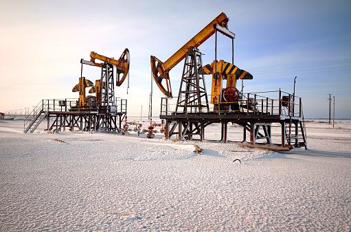 Exploration「Oil rig back light」:スマホ壁紙(11)