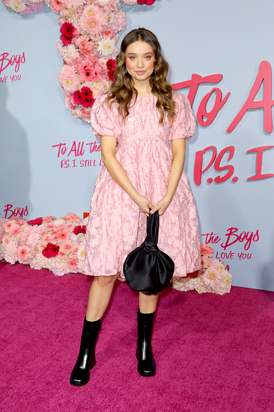 "Baby Doll Dress「Premiere Of Netflix's ""To All The Boys: P.S. I Still Love You"" - Arrivals」:写真・画像(10)[壁紙.com]"