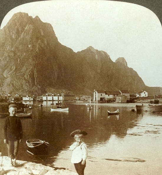 Landscape - Scenery「Picturesque Svolvaer」:写真・画像(15)[壁紙.com]