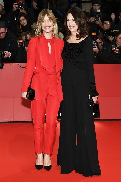 式典「Opening Ceremony & 'Isle of Dogs' Premiere Red Carpet - 68th Berlinale International Film Festival」:写真・画像(0)[壁紙.com]