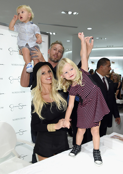 Jessica Simpson「Jessica Simpson & Nordstrom Present A Fashion Show At The Grove」:写真・画像(3)[壁紙.com]