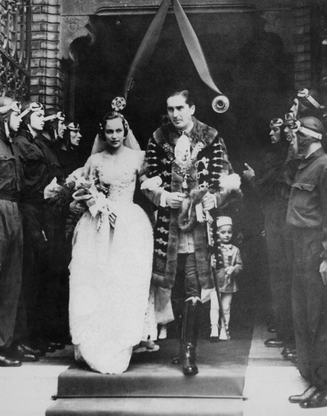 Wedding Dress「Horthy-Edelsheim-Gyulai Wedding」:写真・画像(16)[壁紙.com]