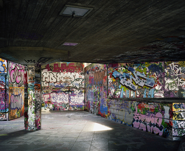 人物なし「Graffiti on walls in skate and bmx park, Southbank, London, UK」:写真・画像(11)[壁紙.com]