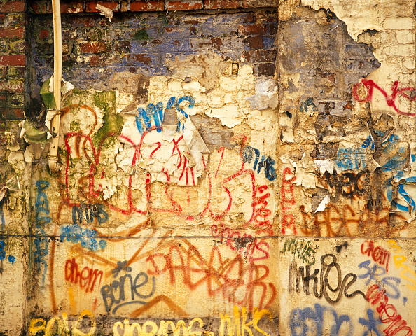 Brick Wall「Graffiti on a brick wall」:写真・画像(9)[壁紙.com]