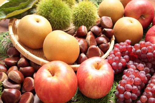 栗「Autumn Fruits」:スマホ壁紙(15)