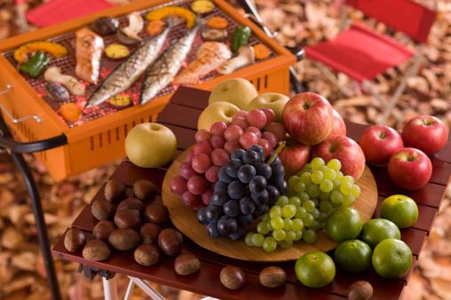 栗「Autumn Fruit and Barbecue」:スマホ壁紙(7)