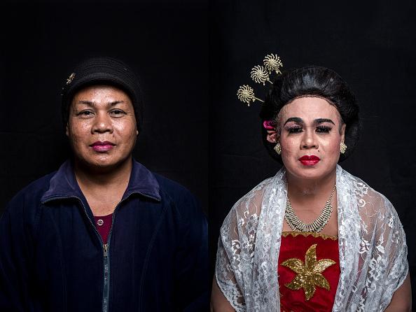 Composite Image「Transgenders Perform Traditional Opera In Indonesia」:写真・画像(3)[壁紙.com]