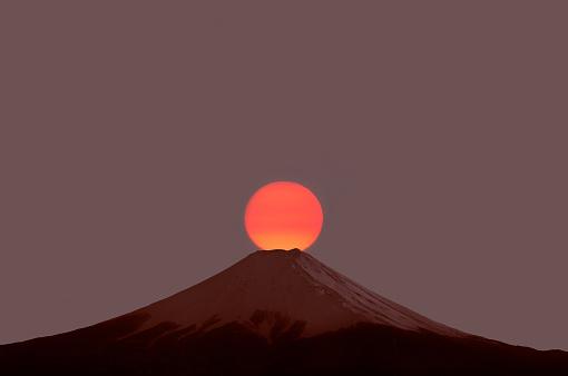 Mt Fuji「Sunrise at famous Mount Fuji.」:スマホ壁紙(6)