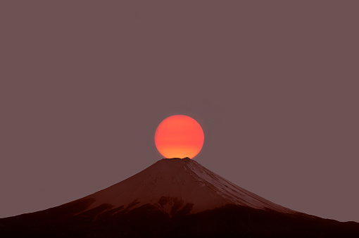 Twilight「Sunrise at famous Mount Fuji.」:スマホ壁紙(11)