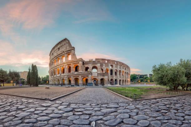 Sunrise at Colosseum, Rome, Italy:スマホ壁紙(壁紙.com)
