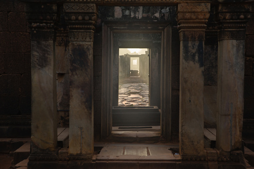 Cambodian Culture「Sunrise at Banteay Srei Temple, near Angkor Wat, Siem Reap, Cambodia.」:スマホ壁紙(15)