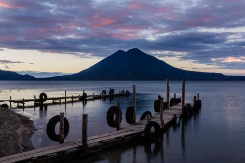 Lake Atitlan「Sunrise at Lake Atitlan」:スマホ壁紙(19)