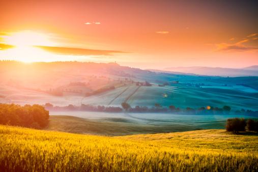 Chianti Region「Sunrise at Pienza」:スマホ壁紙(19)