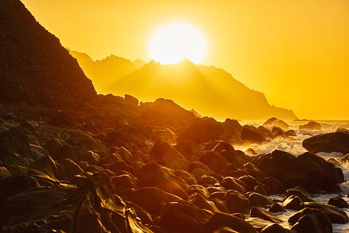 スローモーション「ベニホ ビーチの日の出」:スマホ壁紙(9)