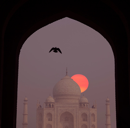 Mausoleum「Sunrise at Taj Mahal.」:スマホ壁紙(16)