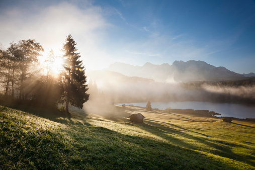 Tranquil Scene「Sunrise at Lake Geroldsee」:スマホ壁紙(15)