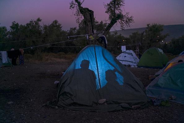 Refugee「Overcrowding Continues At The Moria Refugee Camp」:写真・画像(11)[壁紙.com]