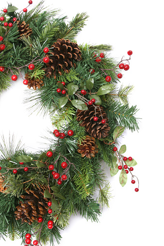 Pine Cone「Wreath Series (isolated on white with copyspace)」:スマホ壁紙(9)