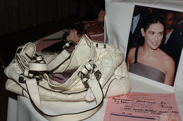 "Purse「""Hollywood Bag Ladies"" Lupus Luncheon」:写真・画像(8)[壁紙.com]"