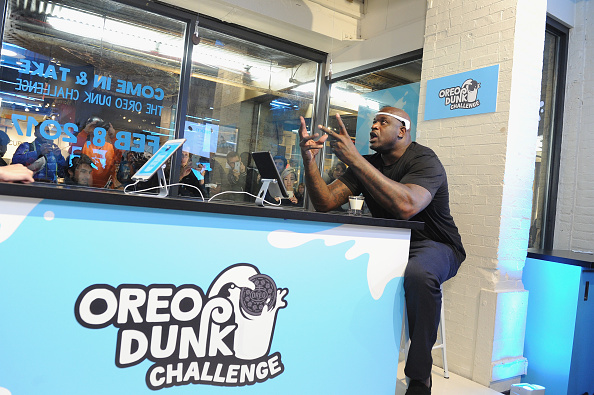 """Sweet Food「Shaquille O'Neal Introduces """"Hands-Free Oreo Cookie Dunking"""" To Launch The Oreo Dunk Challenge」:写真・画像(15)[壁紙.com]"""